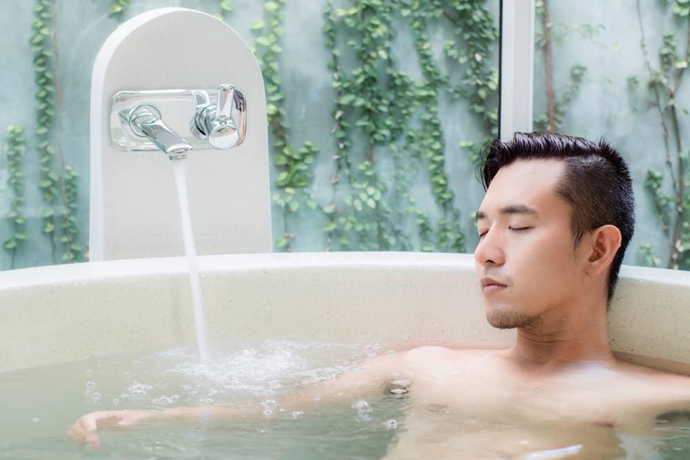 Japanese Soaking Bathtub