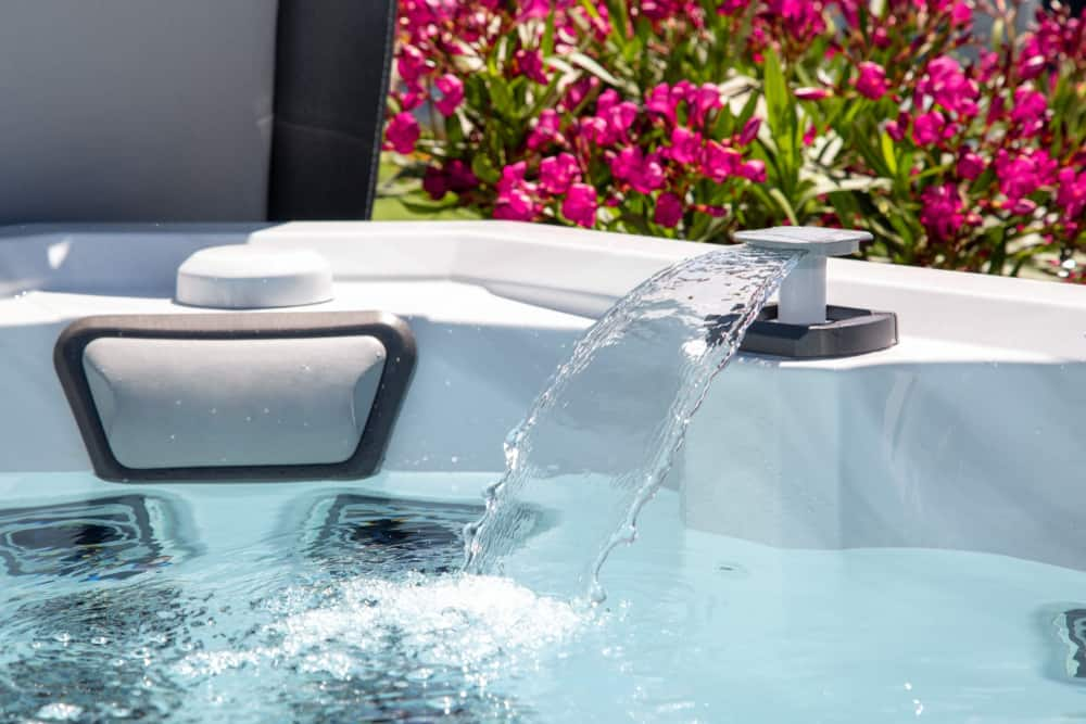 whirlpool tub and air tub combo