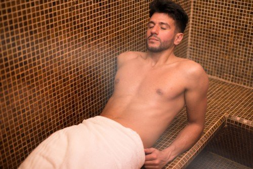 A steam bath will help you lose a few pounds - only for a few minutes