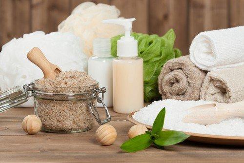 Some claim baths for weight loss include epsom salt baths
