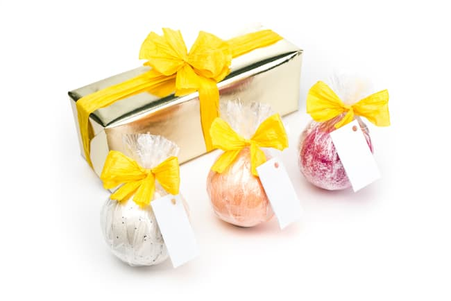 Gift Wrapped Bath Bombs