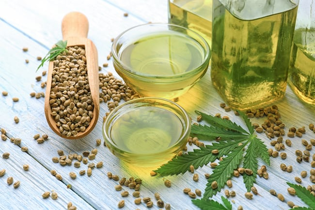 hemp leaf and hempseed oil