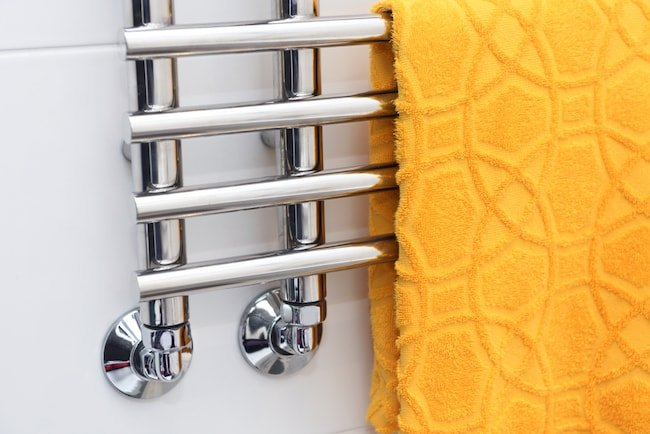 towel warmer with yellow towel