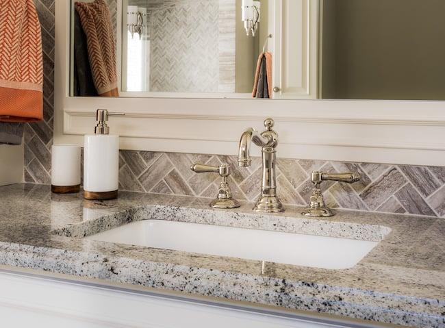A Bathroom Vanity Need Backsplash, How Tall Should A Bathroom Vanity Backsplash Be