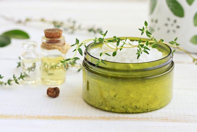 bath salts with fresh thyme