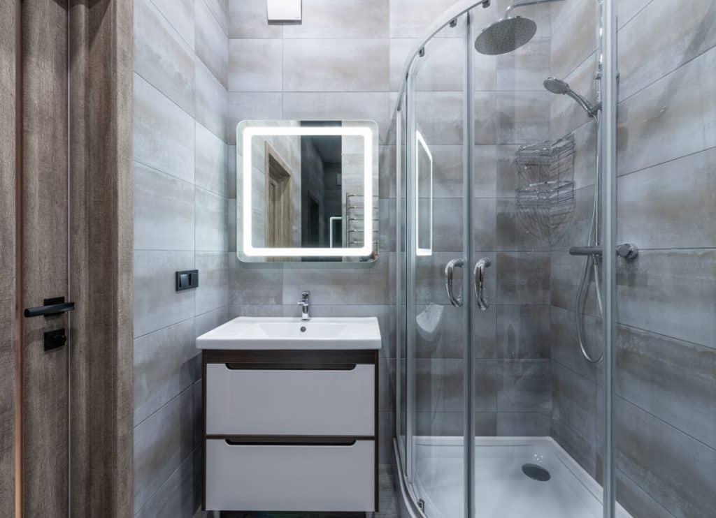 framed shower door with hinges